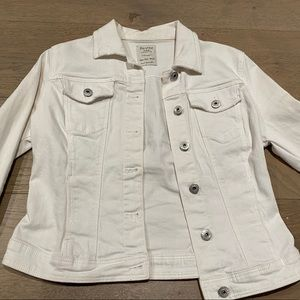 ‼️2/$50 Bershka white denim jacket